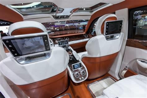 bentley suv inside a review of the new bentley suv due on sale in 2016