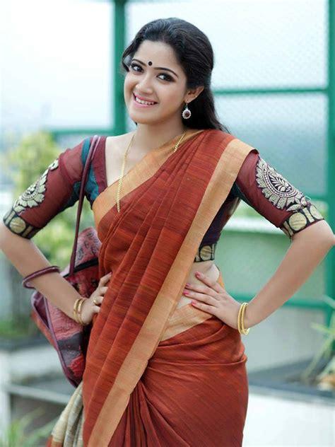 actress abhirami in jeans actress abhirami suresh photos in maroon saree tollywood