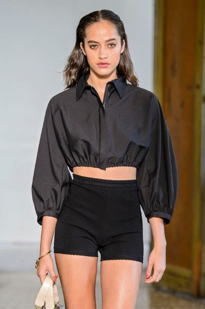 Kemeja Summer 10 model kemeja terkeren dari summer 2017 harpersbazaar co id