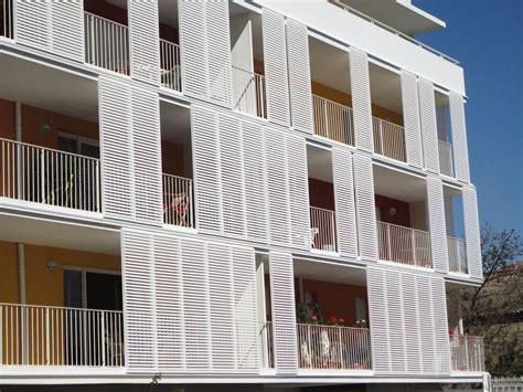coperture terrazzi in alluminio e vetro coperture terrazzi great coperture in vetro coperture in