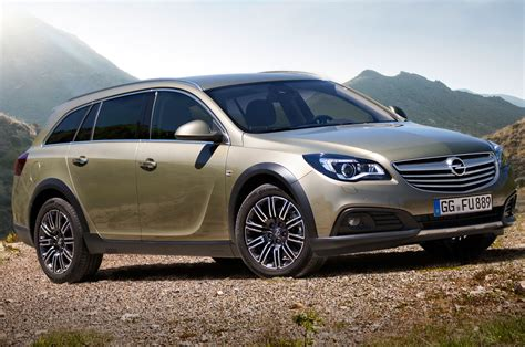 buick opel opel insignia country tourer could become buick regal