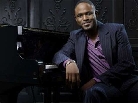 tom collins rent actor wayne brady will join the cast of rent at the