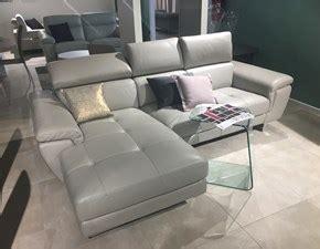 innova divani prezzi divani