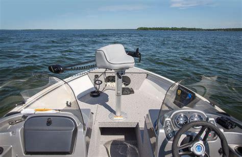 crestliner boat options crestliner vision 1600 aluminum fishing boat