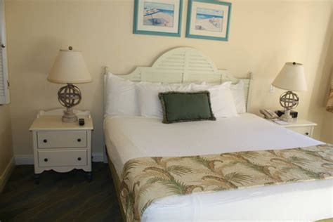Disney Vero 1 Bedroom Villa by Disney S Vero Resort Review Of 2 Bedroom Lockoff