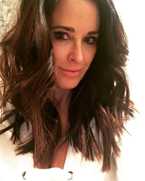kyle richards needs to cut her hair 25 best ideas about kyle richards on pinterest kyle richards age kyle real housewives and