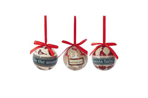 Decoupage Baubles - mix n match your decorations for a and fashionable