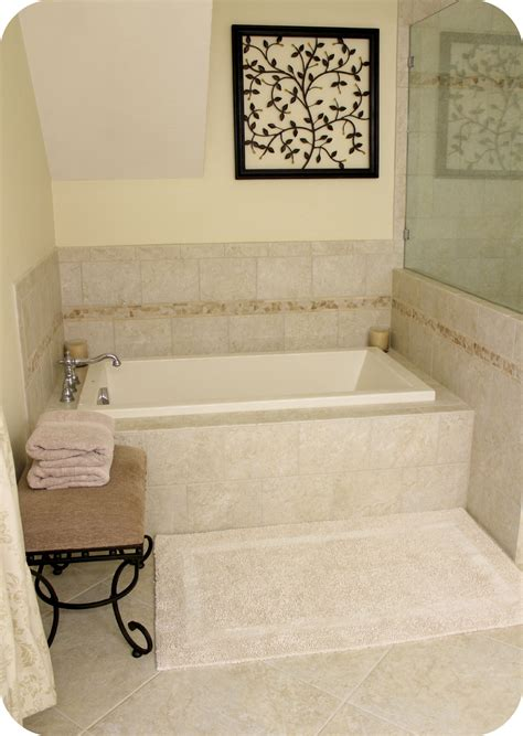 Baths And Showers For Small Bathrooms Japanese Soaking Tub Square Your Style Kohlerideas Size Of Ideasdeep Bathtubs For