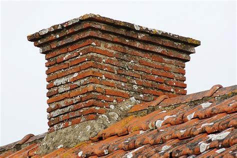 Souche De Cheminee by Les Souches De Chemin 233 Es R 233 Nover Sa Maison En Loire
