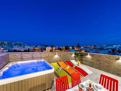 appartamenti paceville malta rooftop penthouse con idromassaggio godendo vista citt 224