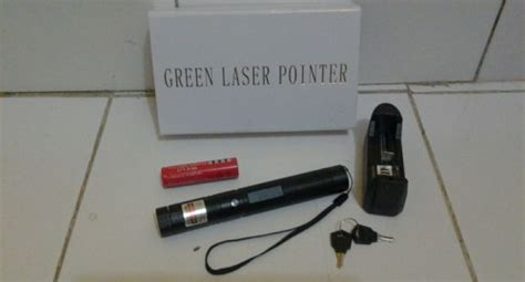 Senter Laser Hijau Green Laser Pointer 303 Laser Hijau Pointer green laser pointer 303 gratis ongkos kirim
