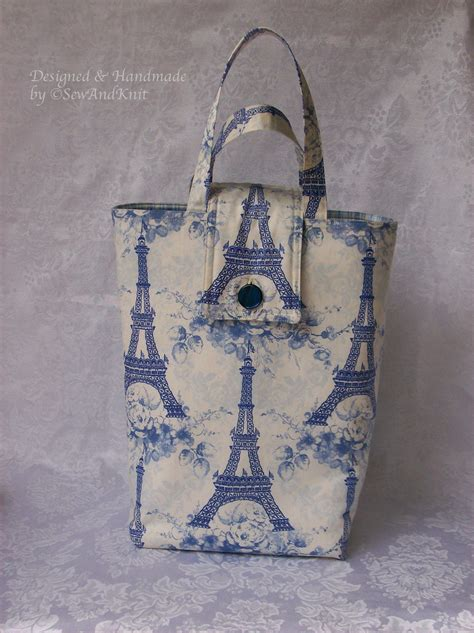 In Which City The Eiffel Tower Tote Shakes Things Up A Bit by Eiffel Tower Insulated Tote Lunch Bag Lunch Sac Purse In