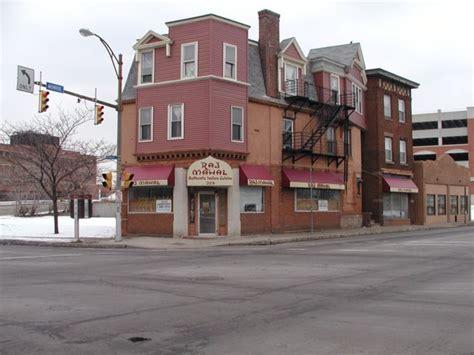 Raj Mahal Restaurant 324 Monroe Ave 546 2315 Rochester Ny Indian Buffet Rochester Ny