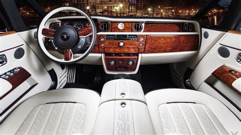 rolls royce phantom inside inside this modified rolls royce phantom drophead
