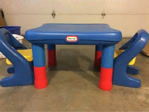 tikes table with two chairs height adjustable