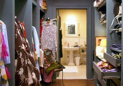armadio di carrie abitare in casa di carrie bradshaw a new york design