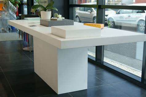 corian table fabricant cuisines jean oleksiak corian dupont