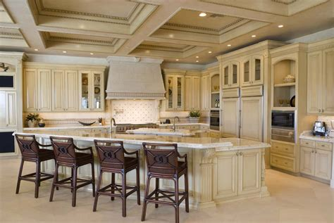 tuscan kitchen cabinetry brings touch of italy to today s home add a touch of tuscany to your home realm of design inc