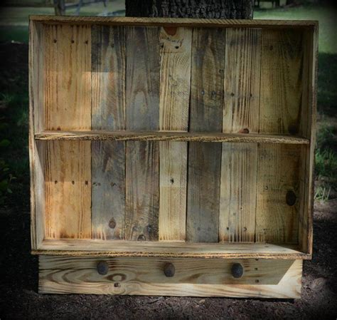 6 diy creative things made from pallets