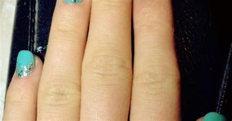 prothese ongle fantaisie pose d ongle r 233 sine poudre avec proth 232 se vernis simple