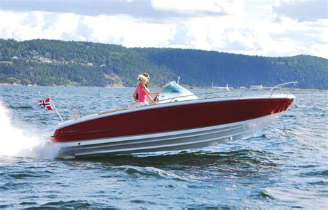 nordic legacy boat 12 best family boats from london boat show 2016 boats