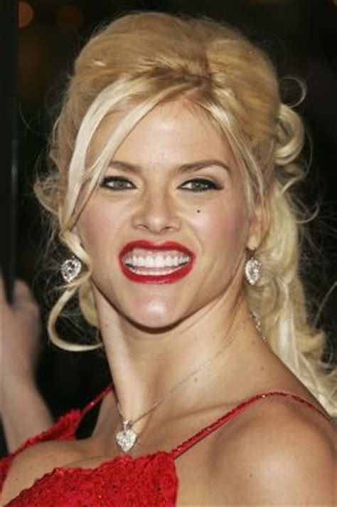 Smith Dead At 39 How Sad by Often Compared To Idol Marilyn
