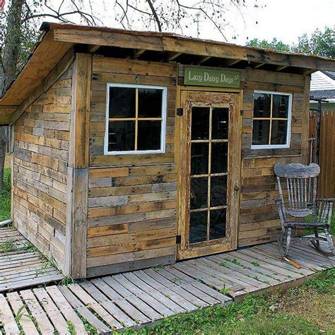 Shed Built Out Of Pallets by How To Build A Storage Shed Out Of Pallets Woodworking