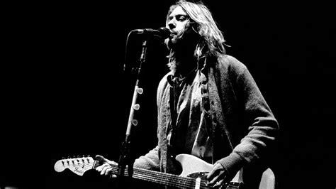 Curt Cobain And Nirvana kurt cobain s guitar from nirvana tour going to