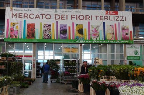 mercato fiori terlizzi ore 5 30 di mattina suona la sirena c 232 il mercato dei