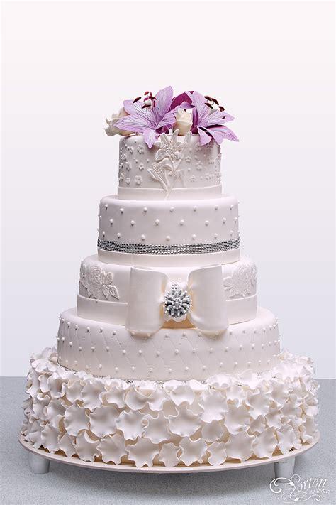 Hochzeitstorte Lila by Hochzeitstorten Klassisch Hochzeitstorten Schlidt De