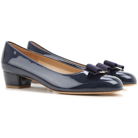 ferragamo shoes womens shoes salvatore ferragamo style code 0539463 vara