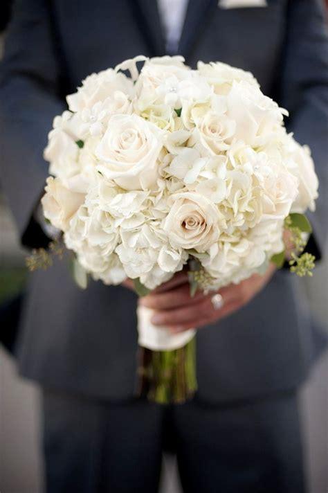 25  best ideas about White Bridal Bouquets on Pinterest