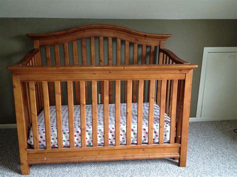 Babi Italia Pinehurst Crib And Dresser Victoria City Victoria Babi Italia Crib Pinehurst