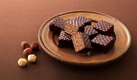 Royce Chocolate Wafer chocolate 183 wafers royce chocolate wafers toupeenseen部落格