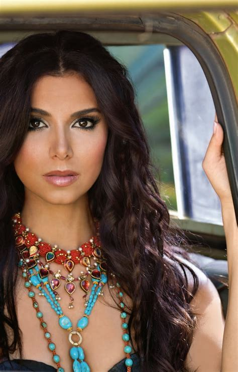 best hair color for hispanic women roselyn sanchez latina beauty