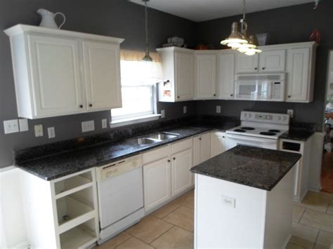 White Kitchen Cabinets With Black Granite Countertops White Kitchen Cabinets Black Granite