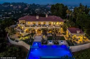 drake new house drake thanks airbnb for 10k a night beverly hills mansion daily mail online