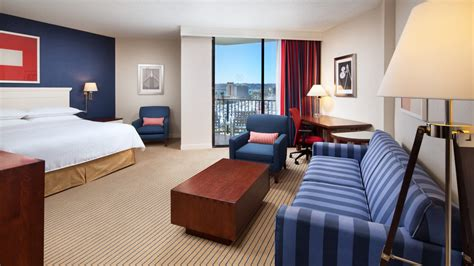 san diego hotel rooms deluxe marina tower room at sheraton san diego hotel marina