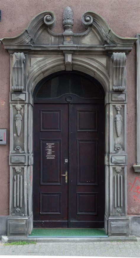 decorated door wooden decorated door doors texturify free