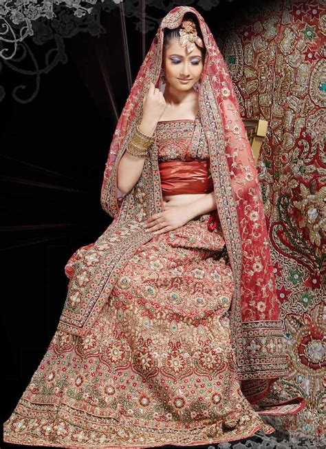 Indian Wedding Dresses by Indian Bridal Dresses Wedding Wear Fashion 2013