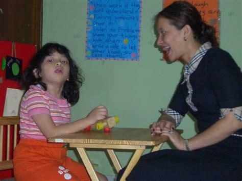 Penyelenggaraan Sekolah Untuk Anak Berkebutuhan Khusus bimbingan dan konseling untuk penanganan anak berkebutuhan khusus di taman kanak kanak oleh