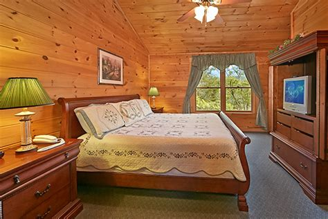 3 bedroom cabins in gatlinburg pigeon forge cabin smoky mountain ridge 3 bedroom