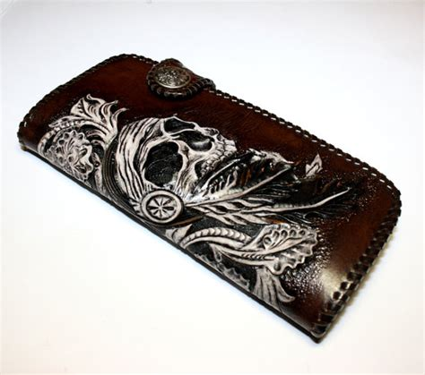 Handmade Leather Wallet Pattern - tooled biker wallet with a pattern in style and