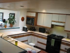How To Reface Laminate Kitchen Cabinets How To Reface Cabinets With Laminate Hostyhi