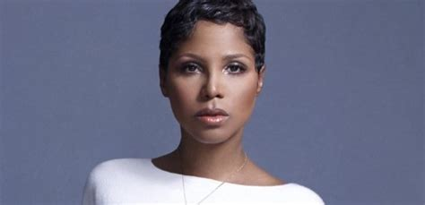first look see the actress playing toni braxton in her its urban this fox actress has been pick to play toni