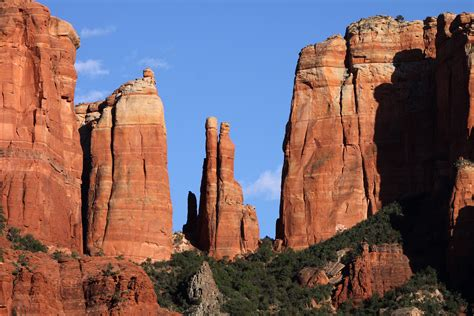 sedona arizona file cathedral rock sedona arizona 2 jpg wikimedia commons