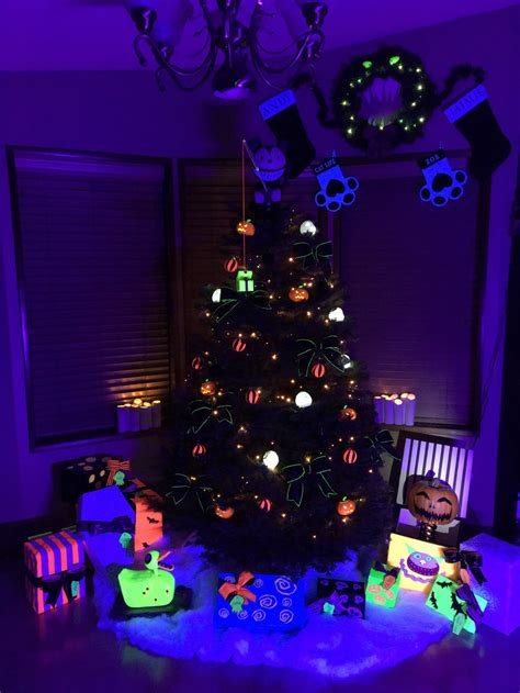 christmas tree inspired by nightmare before xmas by