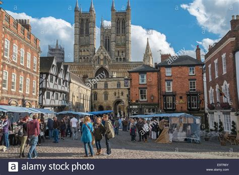 lincoln square market in lincoln market square with cathedral in