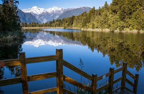 Calm Color by Top 10 Most Beautiful Lakes On Earth