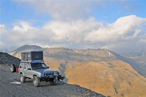 Jeep Xj Roof Tent The Grey S 2000 Jeep Limited Sport Utility 4d In